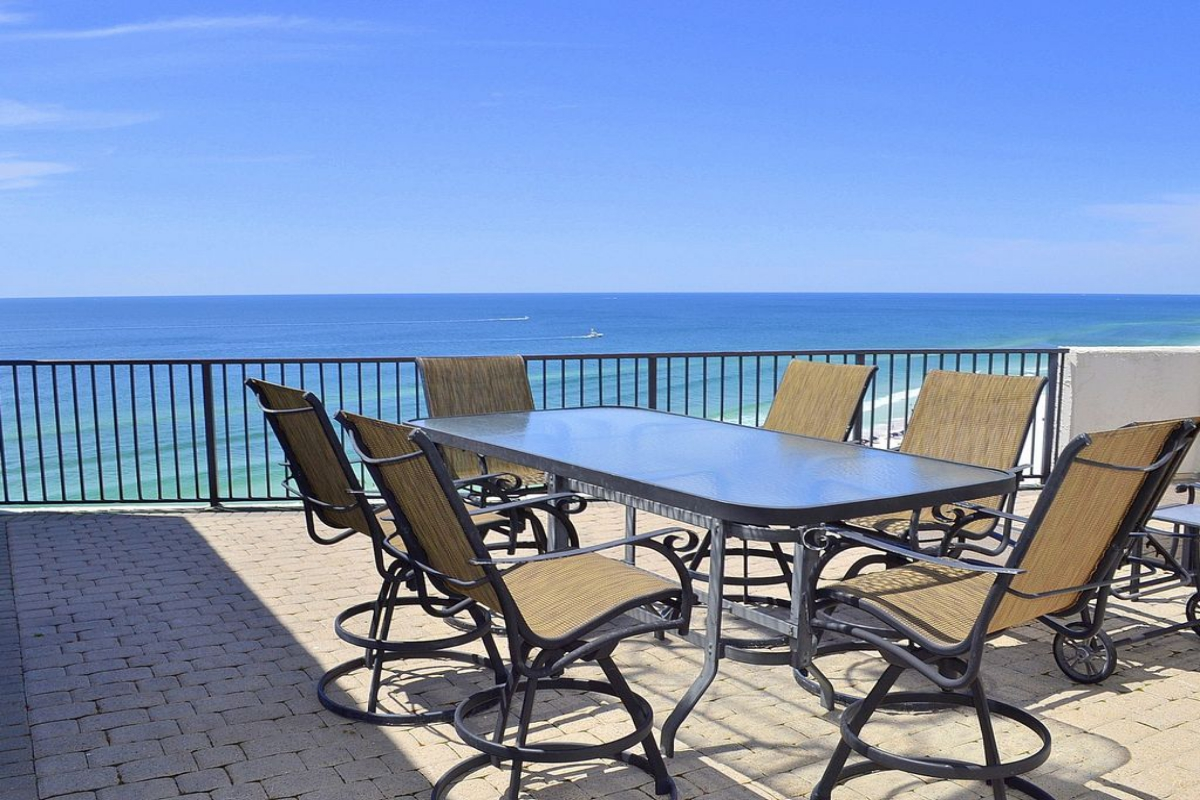 Why A Beach Rental Can Double Your Leisure During Your Vacations?